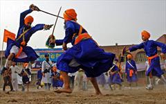 ГАТКА, боевое искусство Индии, сохраненное сикхами.